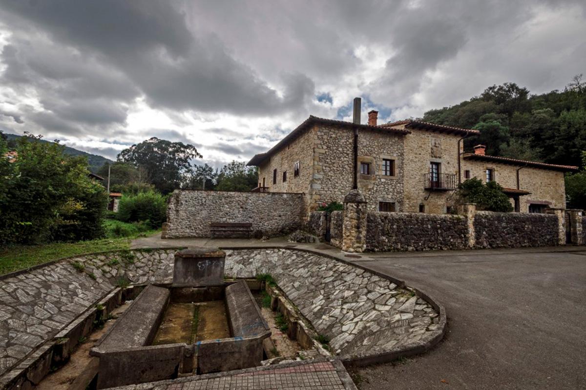 Imagen edificio de piedra en Villaescusa