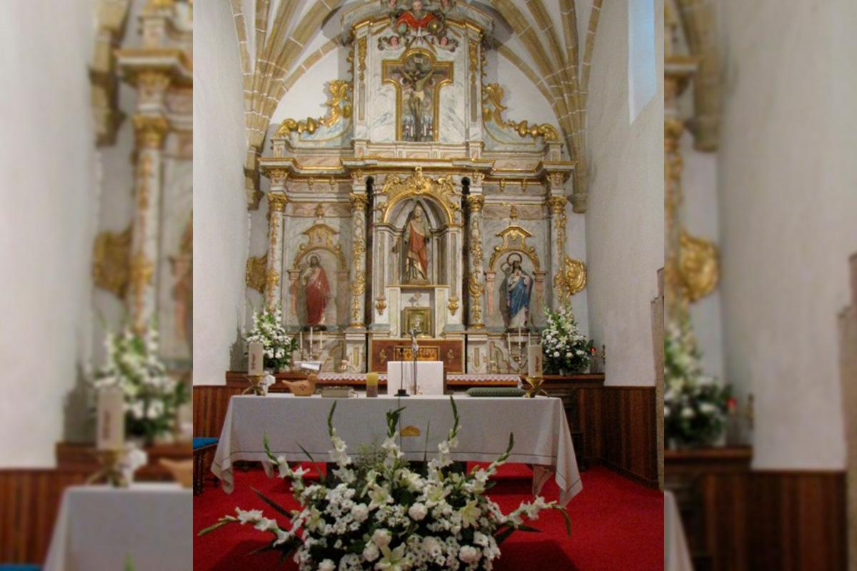 Imagen altar de la iglesia de Villaescusa