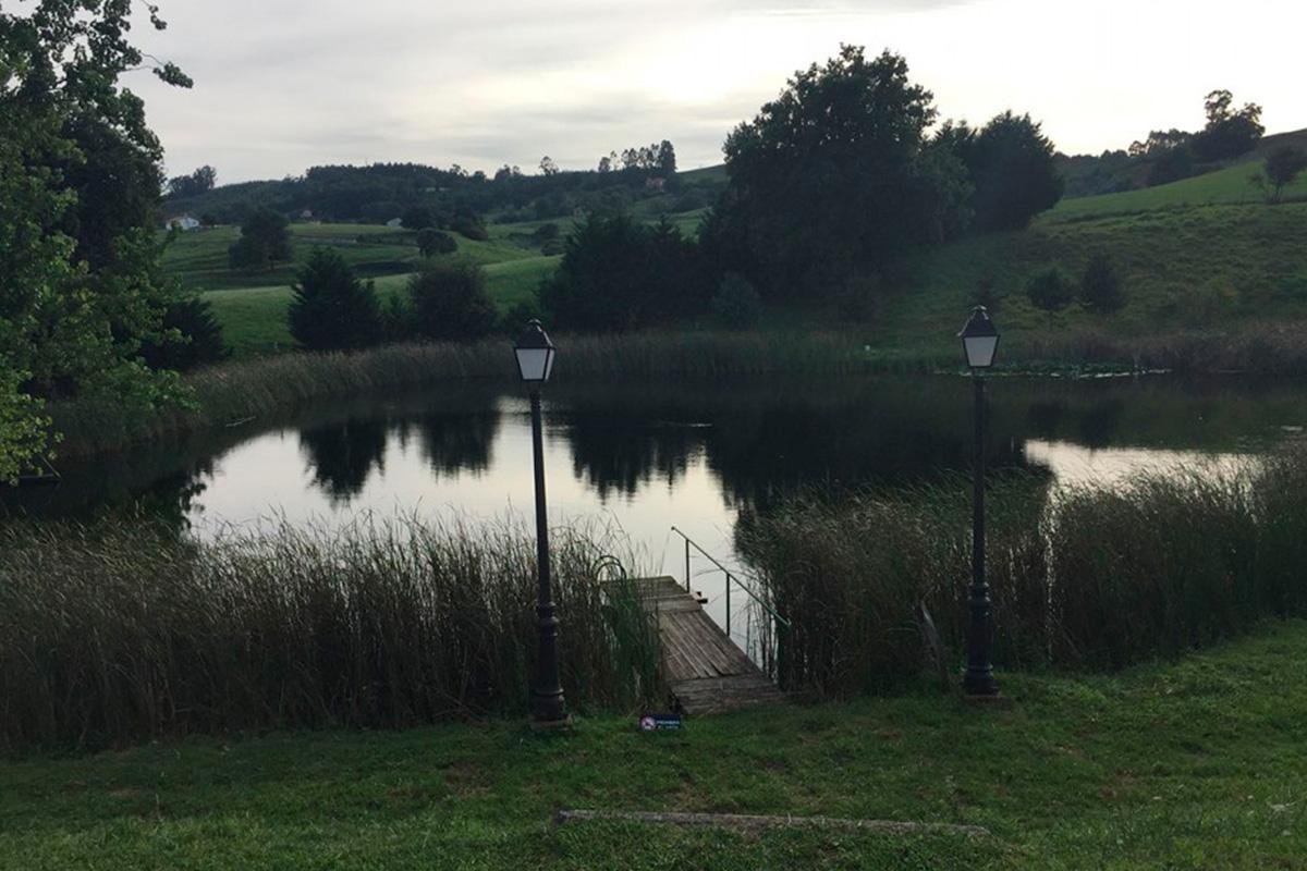 Imagen estanque en Villaescusa
